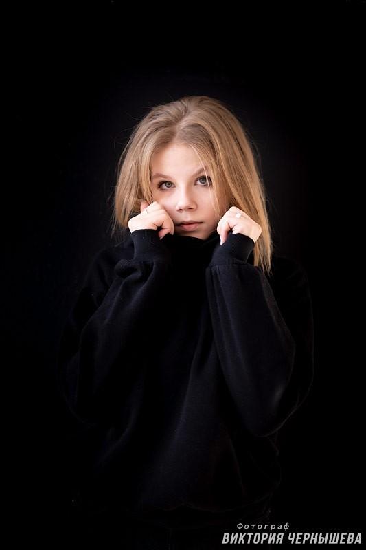 Стильная фотосессия девушки