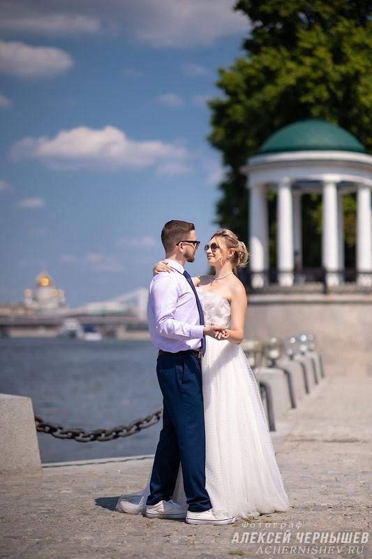 Свадебная фотосессия в Нескучном саду
