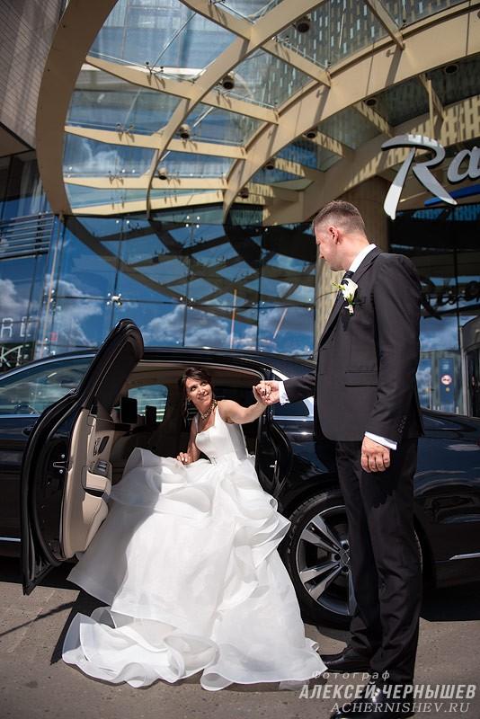 Свадебная фотосессия в Рэдиссон Блу Олимпийский