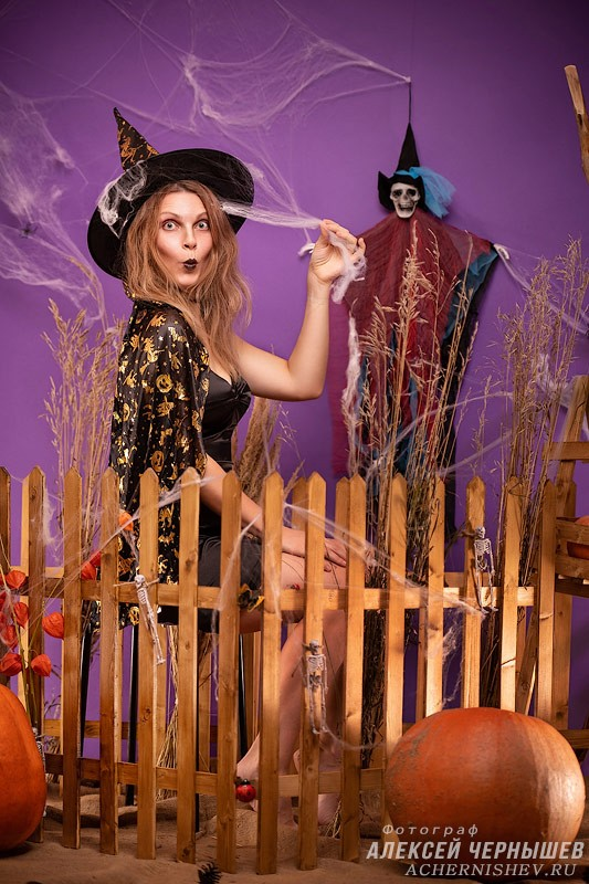 Фотосессия Хэллоуин фотозона